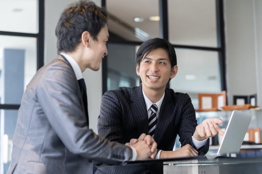 嫌いな上司に積極的に働きかけて関係性を改善する2つの方法
